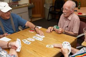 men_playing_cards